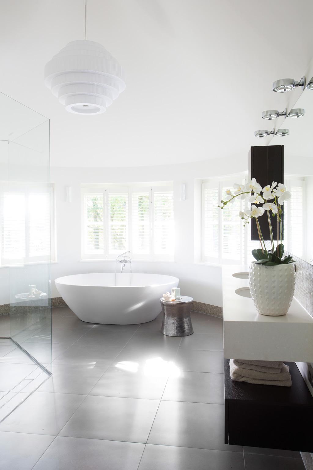 Villa Blaricum - Sjartec - Badkamers, Wellness en Tegels in Leiden