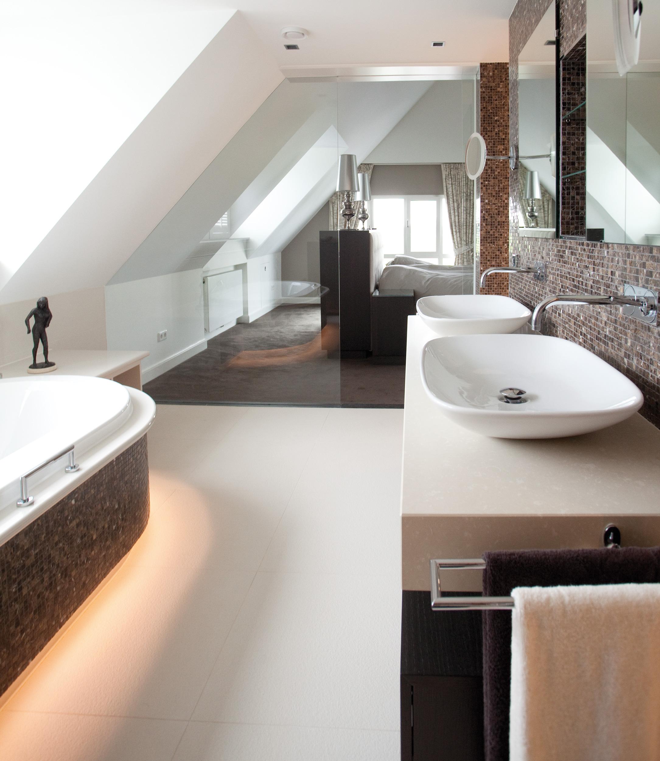 Referenties - Sjartec - Badkamers en Tegels in Leiden