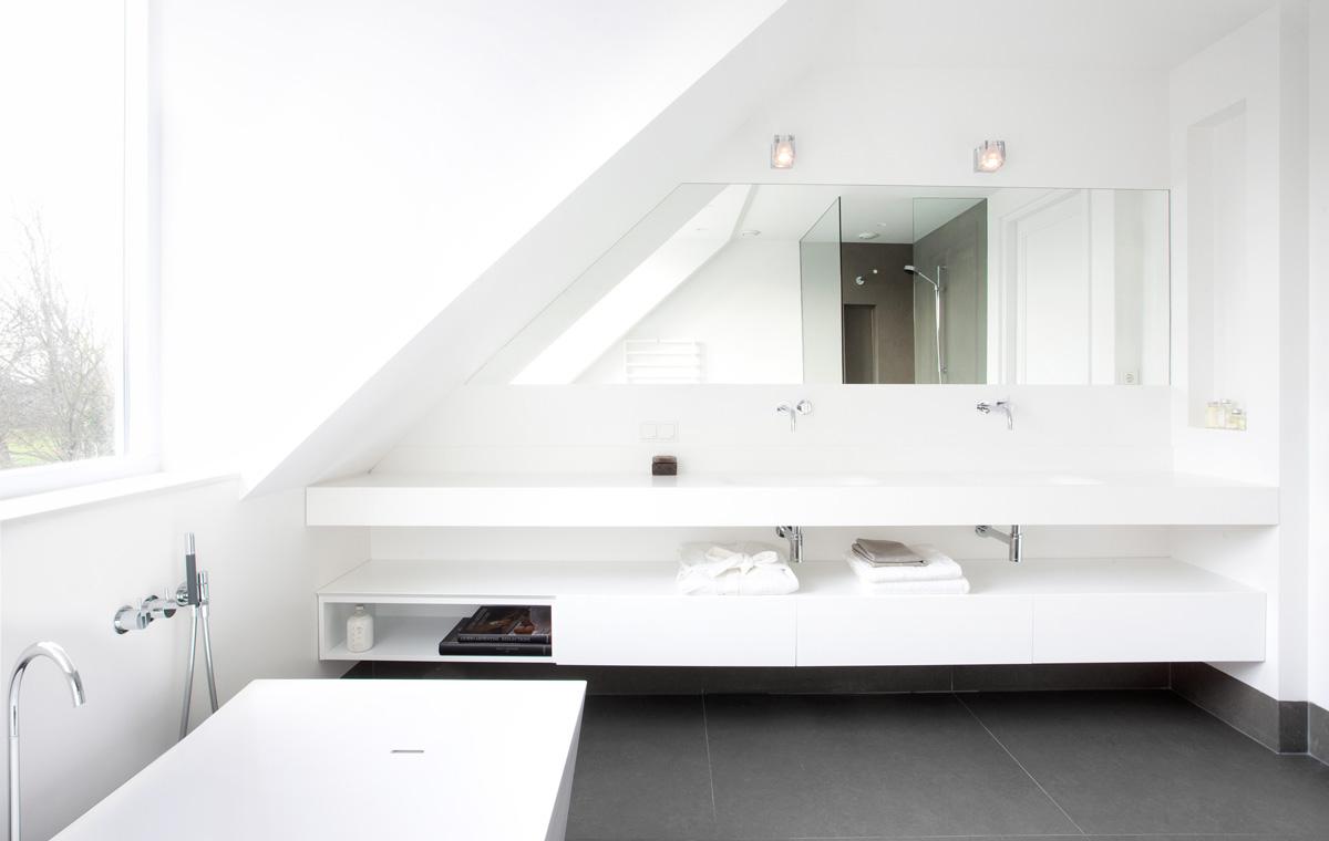 Villa zuid holland sjartec badkamers wellness en tegels in leiden