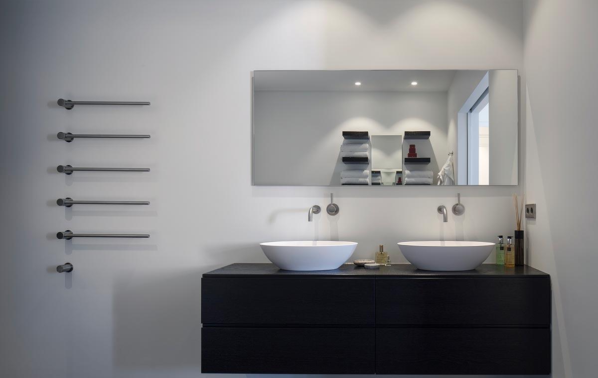 Badkamer Tegels Amsterdam : Woonhuis amsterdam sjartec badkamers wellness en tegels in leiden