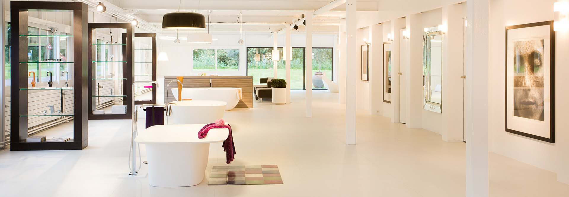 Showroom - Sjartec - Badkamers, Wellness en Tegels in Leiden