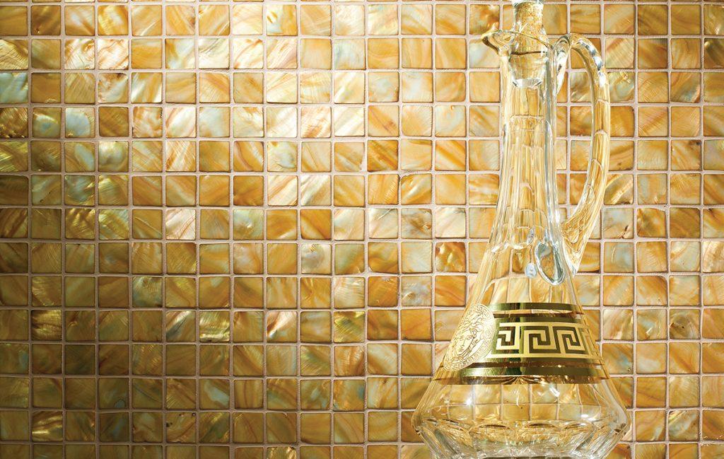Decoratieve mozaïeken en maatwerk panelen